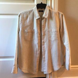 Ladies Gap 100% linen button shirt